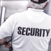 Ob die vermietereigene Security über die Betriebskostenabrechnung umlegbar ist, hängt von dem Faktor ab, ob der Wachdienst der Mietsache direkt zugeordnet werden kann.